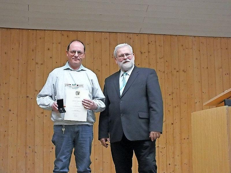 Markus Winkler mit Bürgermeister Karls Hörmann